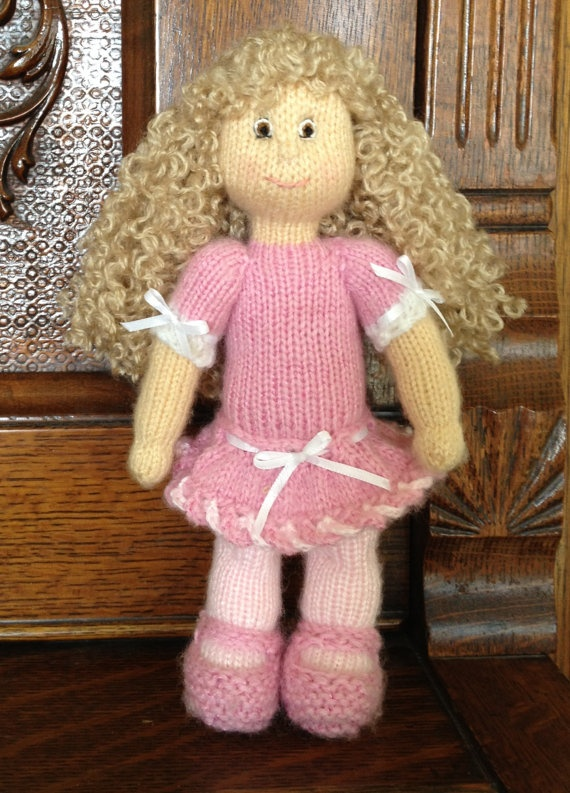 Knitting Patterns For Toy Dolls : Pin by Kimberly Sue on Make it? Knits and yarn Pinterest