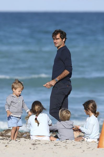 Roger Federer sets Dad goals With both sets of twins