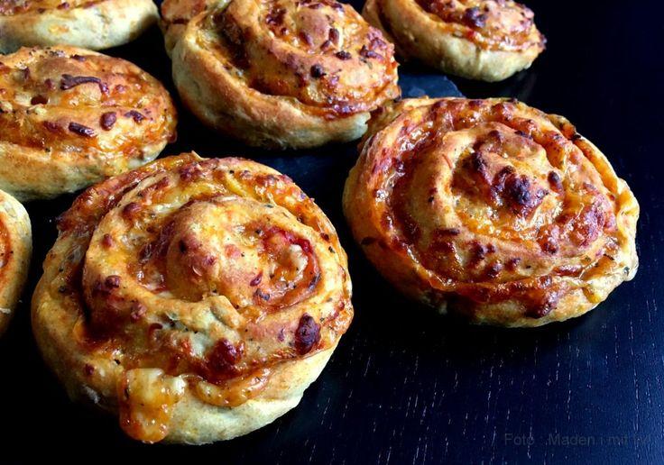 Gulerodspizzasnegle med tomat og ost…
