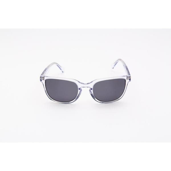 https://artisans.global/collections/glasses/products/dest-polarised-sunglasses A twist on a vintage inspired classic. This polished style features sharp angles for a modern look. The Dest Sunglasses come in 4 fabulous tones, find them instore now-link in bio-Happy Shopping!      #sunglasses #sunnies #vintagestyle #retro #cute #kawaii #beautiful #instacute #instagood #gift #giftforher