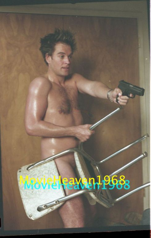 Michael Weatherly NUDE NCIS 35MM SLIDE TRANSPARENCY PRESS KIT PHOTO 8436