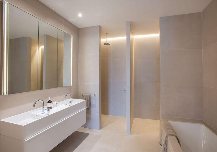 Bathroom designed by Carr Design Group with custom Omvivo CDesign basin.