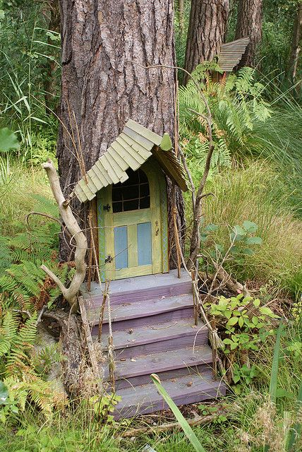 GARDEN WHIMSY: Fairy / Troll house - Bewilderwood front door - do to front oak tree