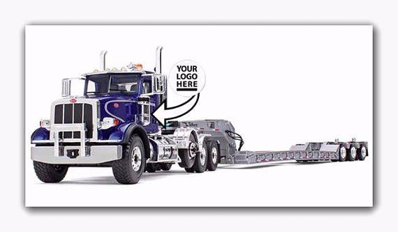 Peterbilt Tri-Axle Lowboy & Trailer Truck 1:34 Scale