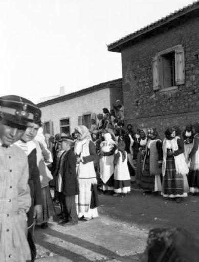 Megara Μέγαρα Χορός Γυναικών Μάρτιος 1905 Waldemar Deonna (1880-1959)