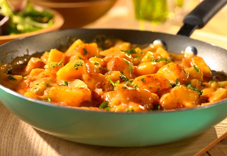 Campbell's Kitchen: Cheesy Picante Potatoes