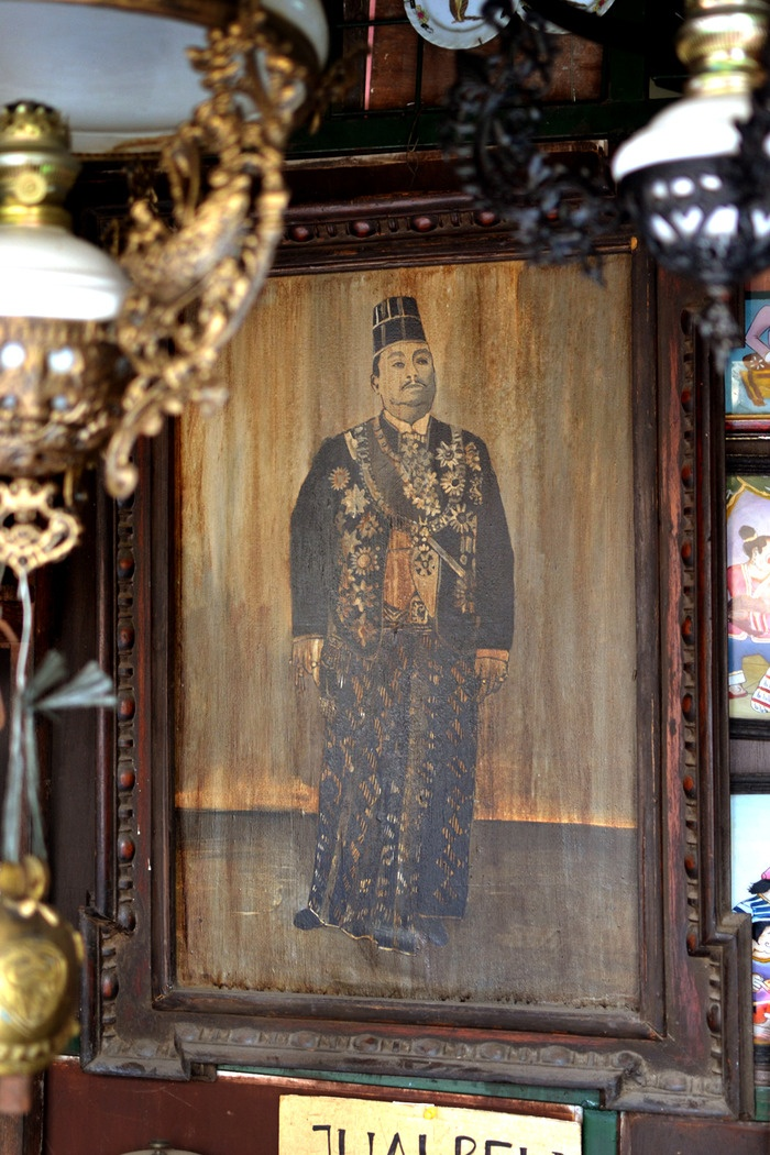 Surakartans' King. The old photograph of Pakubuwono X, King of Kasunanan Surakarta Palace, who reigned from 1893 to 1939. Photo by Stefanus Ajie.
