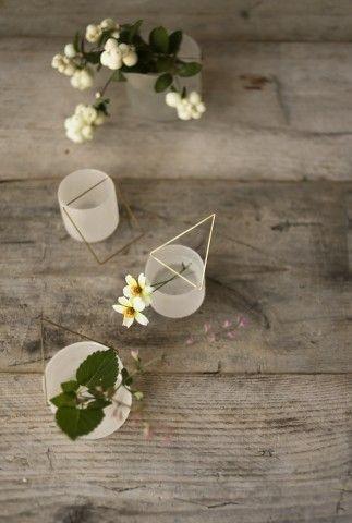 吊りガラスの花器