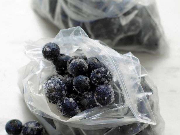 More preservation tips: How to freeze fruit --> http://hg.tv/pzdw: Gardens Recipes, Preserves Fruit, Frozen Fruit, Freeze Fruit, Preserves Food, Hgtv Gardens, Fruit Recipes, Bounty Harvest, Food Preserves