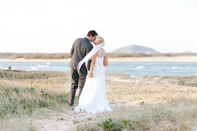 Romantische trouwfoto's waar wij blij van worden | ThePerfectWedding.nl #lovely #couple #liefde #liefdesstel