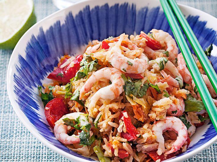 Fräscht och gott är ledorden för den här veckans läckra smalmat! Låt oss fresta med stekt ris med räkor, krämig kycklingpasta och varma chèvresmörgåsar.