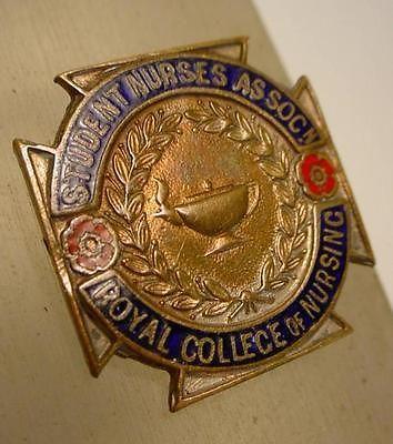 Vintage-Student-Nurses-Association-Royal-College-of-Nursing-Enamel-Pin-Badge