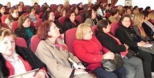 Ödemiş'te Kadın Sağlığı ve Sağlıklı Yaşam Semineri - http://odemis.izmirgundem.com/haber/odemis-te-kadin-sagligi-ve-saglikli-yasam-semineri.html