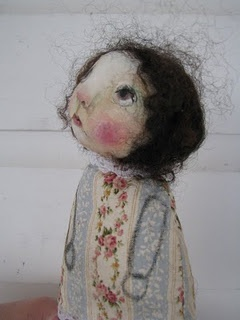 """Aren't these the sweetest lil dolls? LOVE Karen Jones Milstein's art work and dolls. I have one of her angels on """"rescued"""" wood, and I love her :): Art Work, Sweet Faces, Milstein Art, Lil Dolls, Sweetest Lil, Milstein Dolls, Sweet Dolls, Dolls Faces, Art Dolls"""