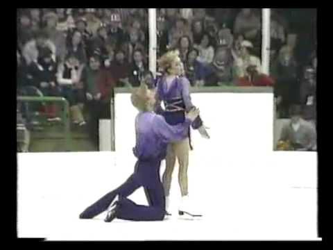 This is the full version of Jayne Torvill and Christopher Dean's Olympic Gold Medal winning performance of Ravel's Bolero. It includes the moments before T&D were announced onto the ice, right up until they received their marks and stepped off the ice.