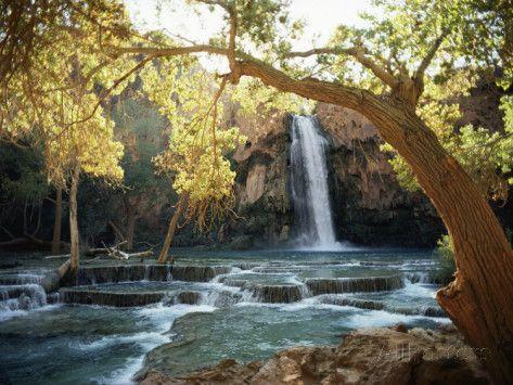 Vue pittoresque d'une cascade à Havasu Creek Reproduction photographique par W. E. Garrett sur AllPosters.fr