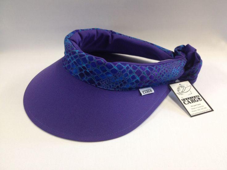 Precious cargo Regular visor, purple with gallery trim.
