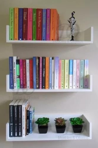 Like these shelves Home Office Design, Home Office Decor, Diy Home Decor, Bookshelves In Bedroom, Ideas For Bookshelves, Bookshelves For Small Spaces, Creative Bookshelves, Home And Deco, Dream Rooms