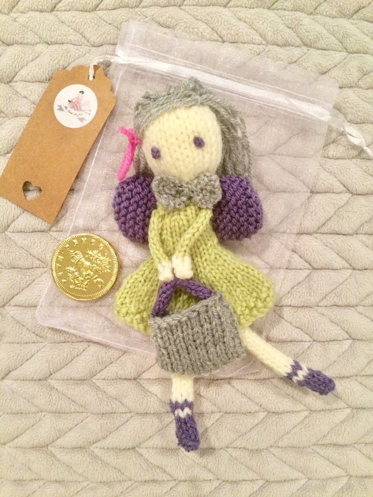Tooth fairy ready to keep that special tooth safe for the night ⭐️ #knitting #cute #etsy #toothfairy #toothkeeper #tricot https://www.etsy.com/uk/listing/513439911/knitted-fairy-rag-doll-magical-tooth