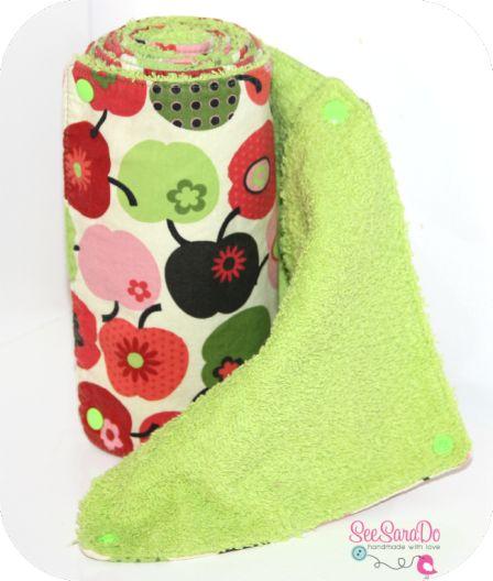 essuie tout lavable: une idée qui déchiiiiiiire!!!!!: feuilles de coton et tissus éponge, accrochées par des scratchs. Vive l'écologie jolie!!!