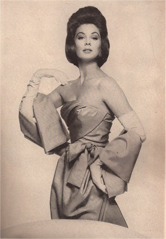Harpers Bazaar April 1961-Christian Dior by Richard Avedon