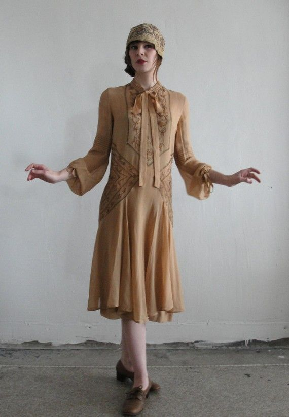 Antique flapper gown $385