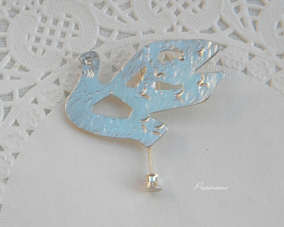 Love bird dove handmade brooch sterling silver pin   by prosinemi, €27.00