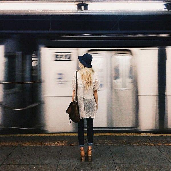 Na vida, podemos ser mais que               passageiros