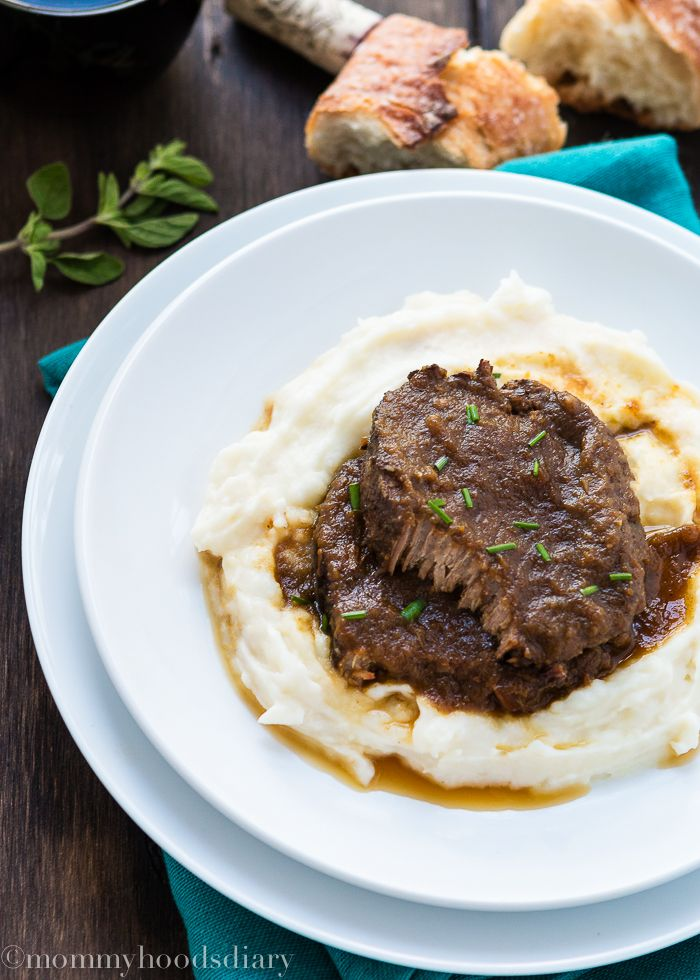 Venezuelan Asado Negro+ Slow Cooker Giveaway - Mommyhood's Diary. Perfect Eye of Round Roast cooked in a flavorful wine broth until the beef is meltingly tender and divine.