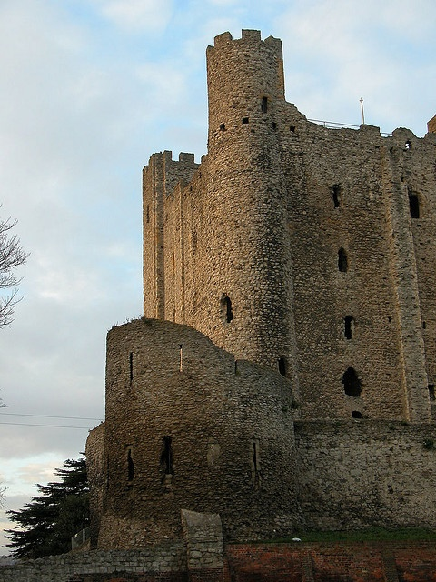 Rochester keep showing round tower  Kent Inglterra