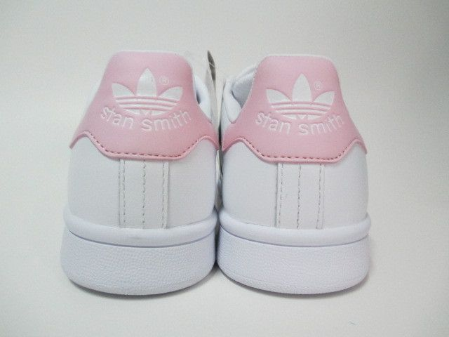 adidas stan smith rose pale shoes pinterest adidas adidas stan smith and stan smith. Black Bedroom Furniture Sets. Home Design Ideas