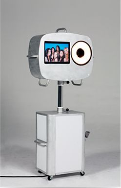 Portable Photo Booth   Capture RAZZI Open Style Booth by Capture POD