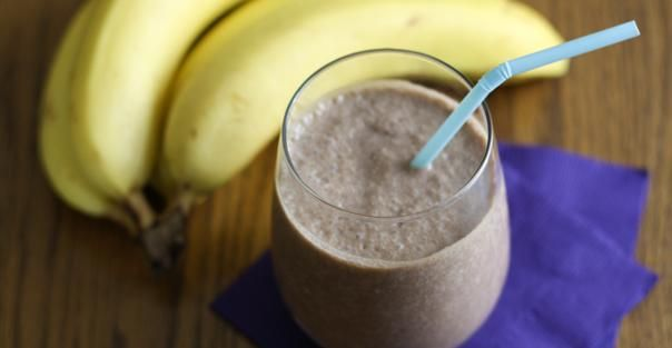 Chunky Monkey Shake, Blend 1 medium banana, 1 tablespoon of peanut butter, and 1 cup of chocolate almond milk with 1 cup of ice for a protein-packed pick-me-up. Yummm!