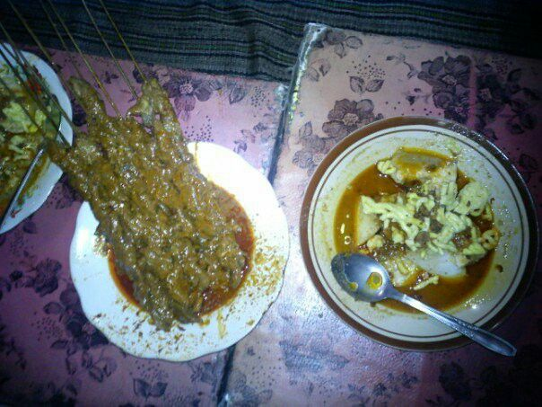 Sate Blengong (sejenis bebek) Kuliner khas Kota Tegal Jawa Tengah