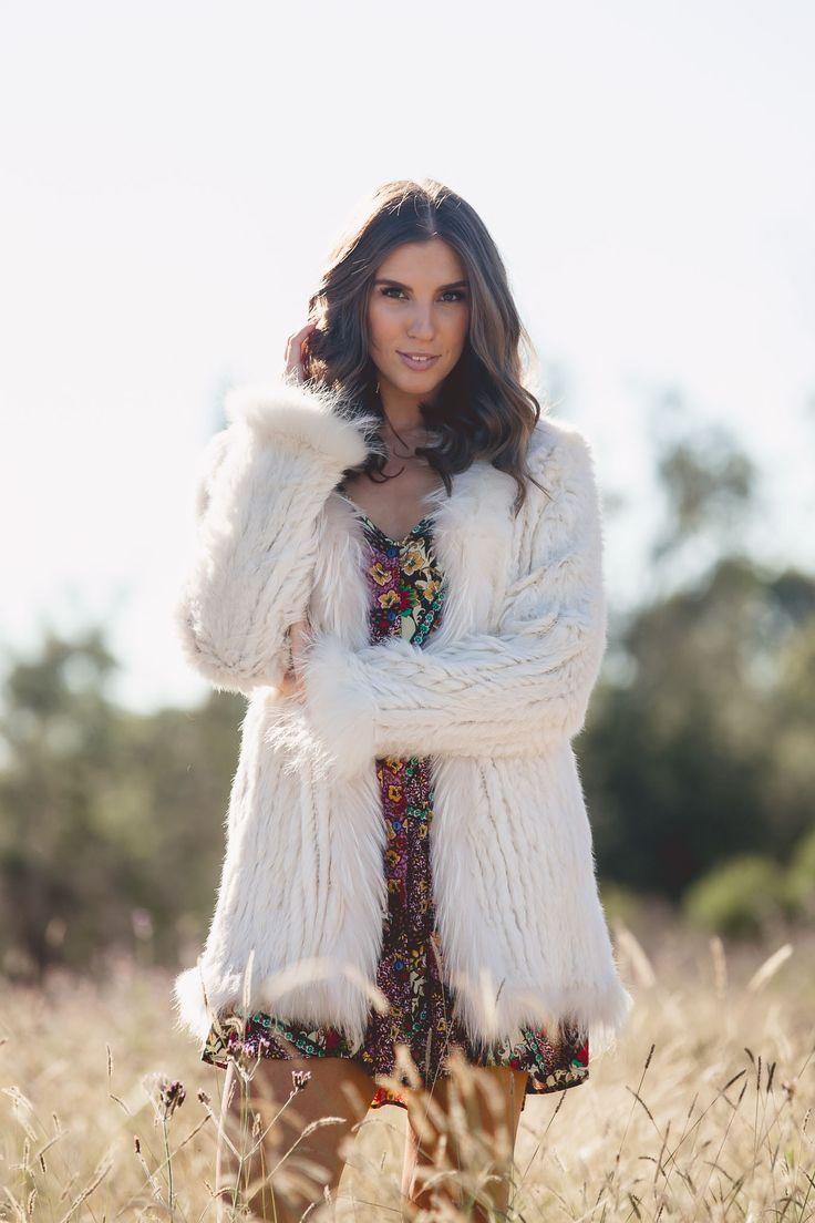 Holiday - Piper Fur Coat - Vanilla