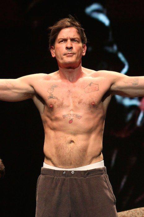 Charlie Sheen Height Weight Body Statistics | Filmstars ...