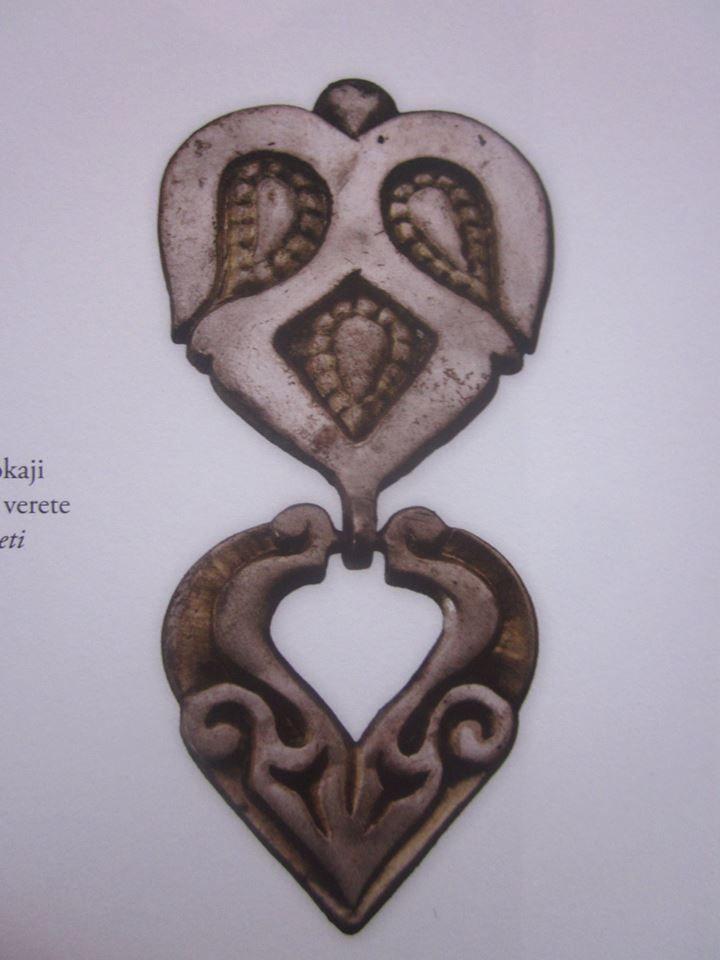 female caftan decorated gilt silver from Tokaj_