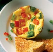 Mini frittatas. No excuse not to have a good breakfast on the go.: Breakfast Eggs, Eggs White, Minis Omlett, Eggs Muffins, Muffins Tins, Minis Frittata, Eggs Cups, Easy Breakfast, Breakfast Recipes