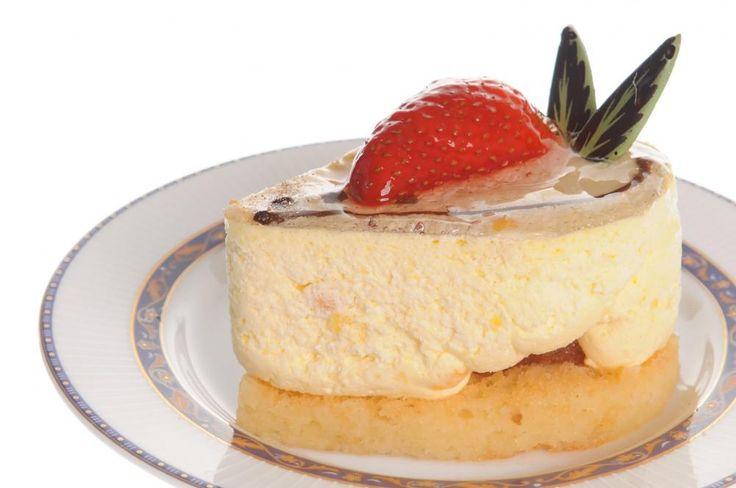 Ostekake med jordbærpynt  http://kakene.no