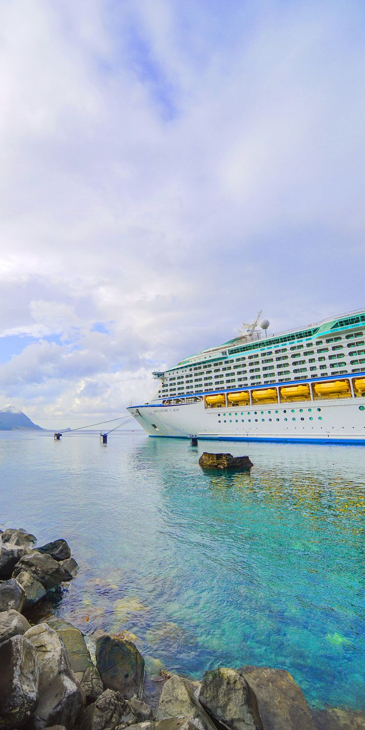 Royal caribbean diamond jubilee party a success cruise international - Adventure Of The Seas Royal Caribbean Has Packed This Beauty Of The Blue Seas With