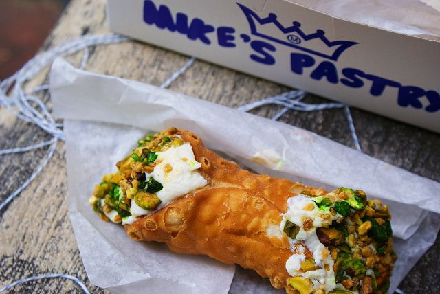 pistachio cannoli || mike's pastry || boston