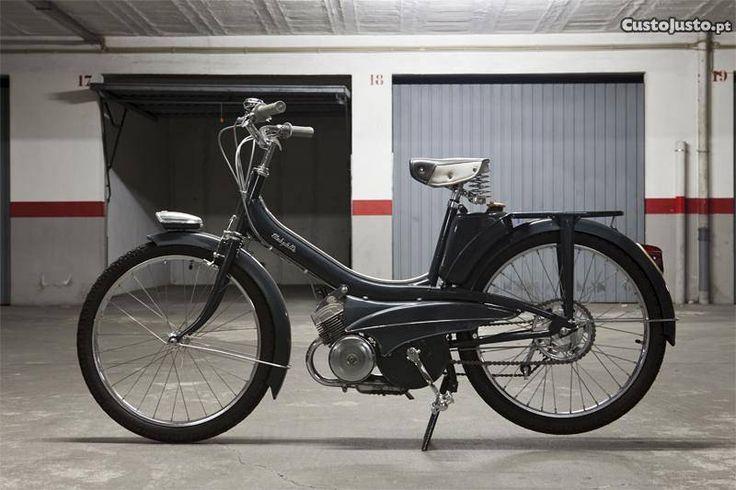 Mobylette AV42 (mobilete motobecane)