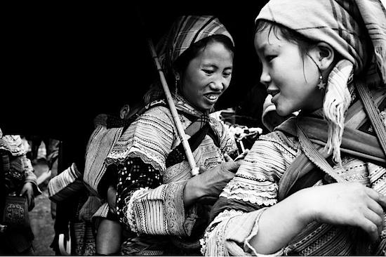 http://thetravelphotographer.blogspot.com/2012/01/mark-carey-viet-nam-in-black-white.html