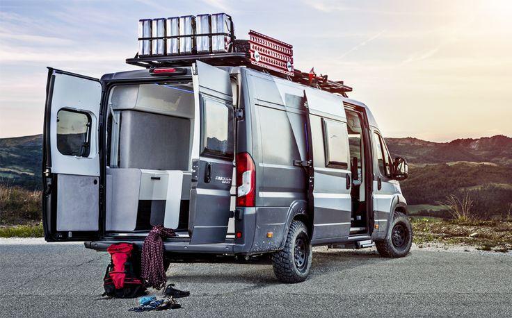 Matkailuauto, joka sopii täydellisesti matkustamiseen