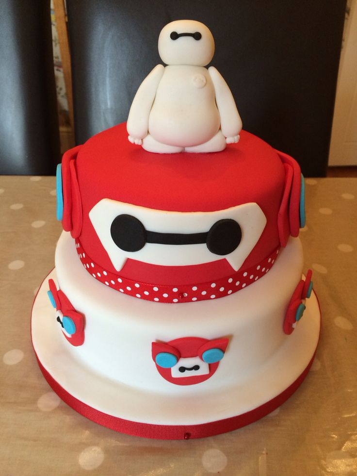 Baymax birthday cake for my daughters' fifth birthday party.
