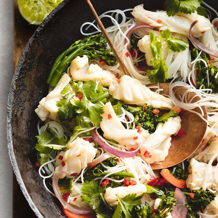 How to make a yummy Coriander & Lime Calamari Stir-Fry.  Top tip: This dish is also delicious served cold as a salad.