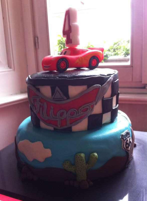Cars theme birthday cake by Serena