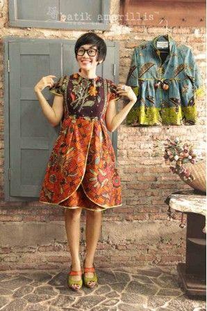 batik amarillis's blooming dress