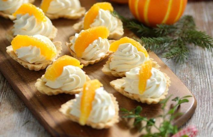 Klassiska mandelmusslor med apelsingrädde