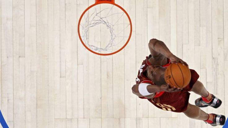 Kobe's laatste kunstje als All-Star | NOS